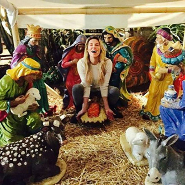 "Brandi Glanville slammed for ""insensitive"" nativity photo"