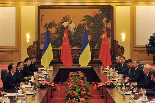Ukrainian Prime Minister Mykola Azarov and Chinese Premier Wen Jiabao Give A Joint Statement On Bilateral Cooperation