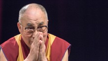 China Reacts to Dalai Lama's Brainless Comment.