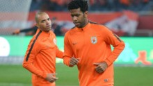 Shandong Luneng imports Diego Tardelli (L) and Gil
