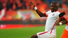 Liaoning Whowin striker James Chamanga
