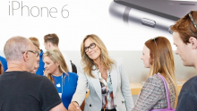 apple-angela-ahrendts