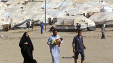 Iraqis displaced by violence in Mosul