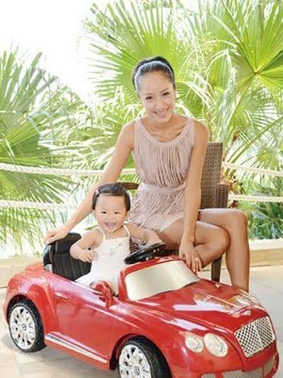Car For Coco Chiang S One Year Old Daughter