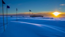 South pole carbon dioxide levels hit milestone record at 400 ppm.