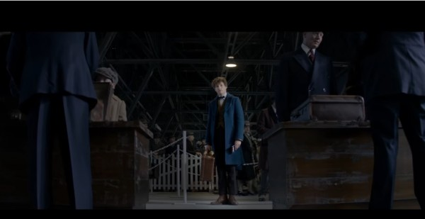 'Harry Potter' spinoff 'Fantastic Beasts and Where to Find Them' gets a China release date on Nov. 18.